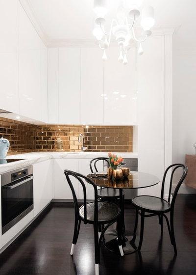 Contemporary Kök by Yvette Philips Interior Design