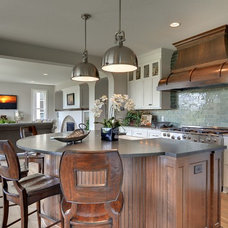 Traditional Kitchen by Wooddale Builders