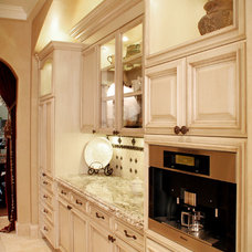 Mediterranean Kitchen by House of L Interior Design