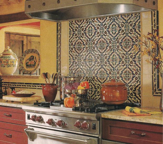 Kitchen Workbook: 8 Elements Of A Mediterranean Kitchen
