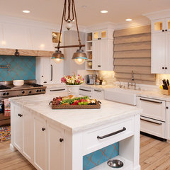 eclectic kitchen by Intimate Living Interiors