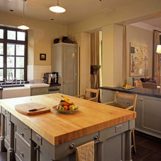 Mediterranean Kitchen by JMA (Jim Murphy and Associates)