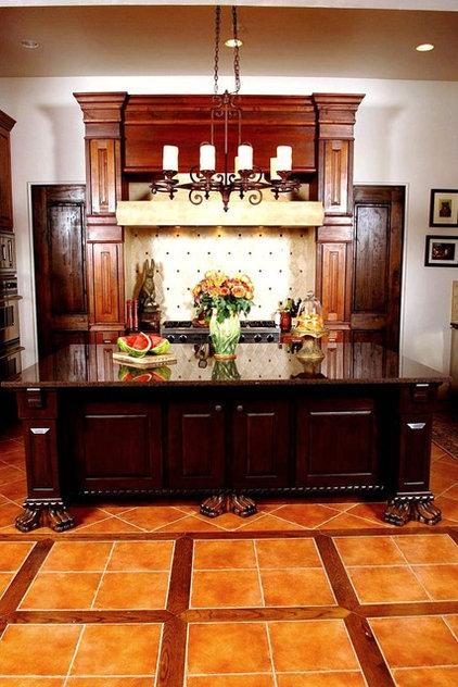 Mediterranean Kitchen by JOHN DANCEY Custom Designing/Remodeling/Building