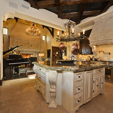 Mediterranean Kitchen by Masters Touch Custom Homes