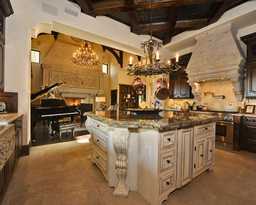 Example Of A Tuscan Kitchen Design In Austin