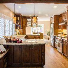 Mediterranean Kitchen by Case Design/Remodeling San Jose