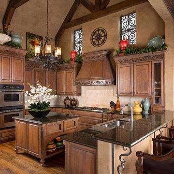 Mediterranean-style Family Home: Kitchen