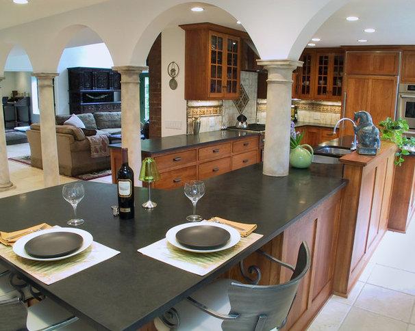 Mediterranean Kitchen by DSA Architects