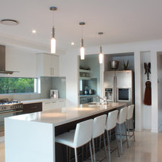 Contemporary Kitchen by Decor by Design