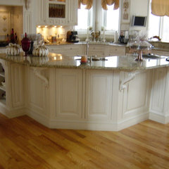 traditional kitchen by Kitchen & Bath Environments