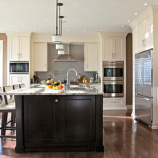 contemporary kitchen by Canyonview Construction Ltd.