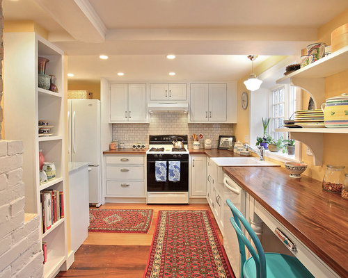 Good Traditional L Shaped Enclosed Kitchen Idea In Boston With A Farmhouse Sink,  White Appliances