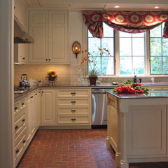 traditional kitchen by Virginia W. Kelsey, AIA