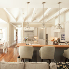 Traditional Kitchen by Hood Herring Architecture Pllp