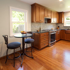 Modern Kitchen by K.C. Customs & Remodeling, Inc.