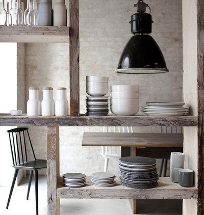 Contemporary Kitchen by WGU Design