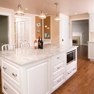 Mercer Island Classic Kitchen