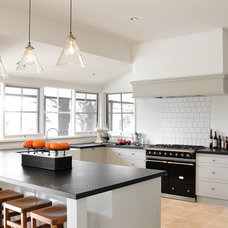 Farmhouse Kitchen by Steding Interiors & Joinery