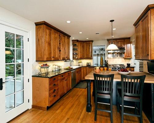 Black granite countertops houzz for Hope kitchen bridgeport ct
