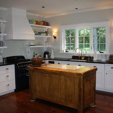 Eclectic Kitchen by Heidi Hornaday, Architect, P.C.