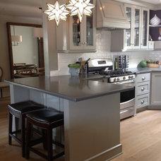 Traditional Kitchen by Sheri Mize Design Studios