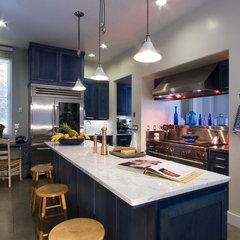 contemporary kitchen by Leonard Grant Architecture
