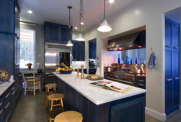 Contemporary Kitchen by Leonard Grant Architecture
