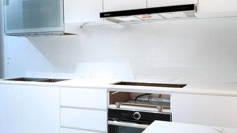 Metallic Epoxy Countertop Design (Silver & Gold Veins on White Base)