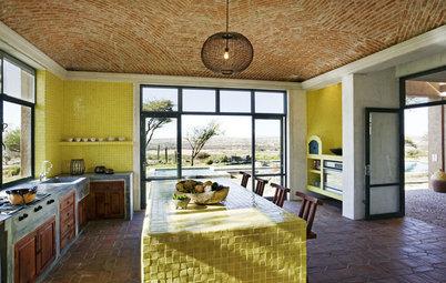 Kitchen Color: 7 Sensational Yellow Backsplashes
