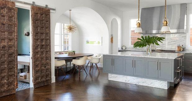 Contemporary Kitchen by Robert Elliott Custom Homes