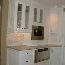 Traditional Kitchen by Sarah Ames