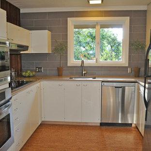 Minimalist kitchen photo in Portland