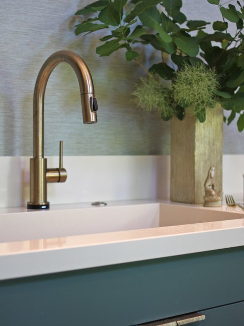 Delta trinsic faucet ideas pictures remodel and decor for Kitchen designs by delta