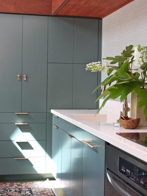 midcentury benjamin moore paint kitchen design ideas renovations photos. Black Bedroom Furniture Sets. Home Design Ideas