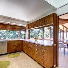 Midcentury Kitchen by FJU Photography