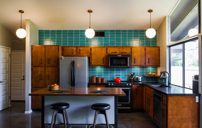 Kitchen of the Week: Restored Cabinets Revive a Midcentury Gem