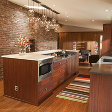 Midcentury Kitchen by The Neil Kelly Company
