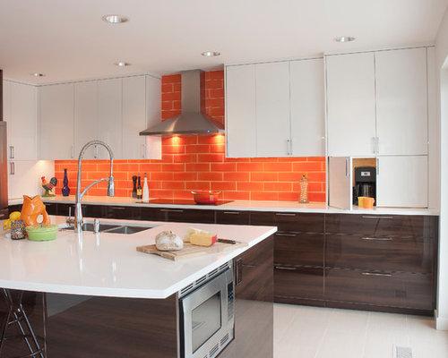 cuisine avec une cr dence orange et une cr dence en carrelage de pierre photos et id es d co. Black Bedroom Furniture Sets. Home Design Ideas