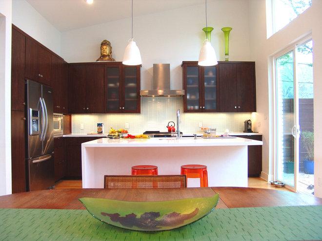 Contemporary Kitchen by Soledad Builders, LLC