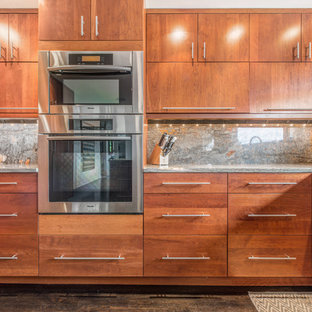 This is an example of a midcentury kitchen in Seattle.