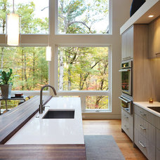 Midcentury Kitchen by New Urban Home Builders