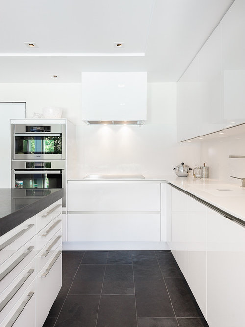 White high gloss tile floor kitchen ideas photos for Tiled kitchen floors gallery