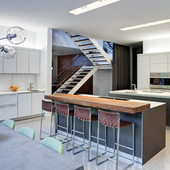 contemporary kitchen by Vinci | Hamp Architects