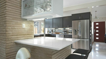 Midcentury Modern Kitchen in Forest Oaks