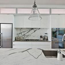 Contemporary Kitchen by The Kitchen Designer