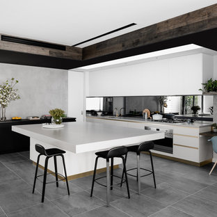 Photo of a contemporary kitchen in Melbourne.