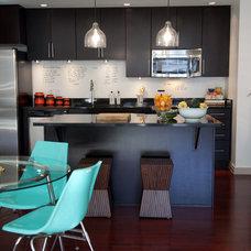 Midcentury Kitchen by Birdhouse Interior Design
