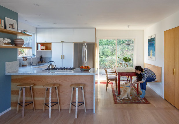 Midcentury Kitchen by CB Design