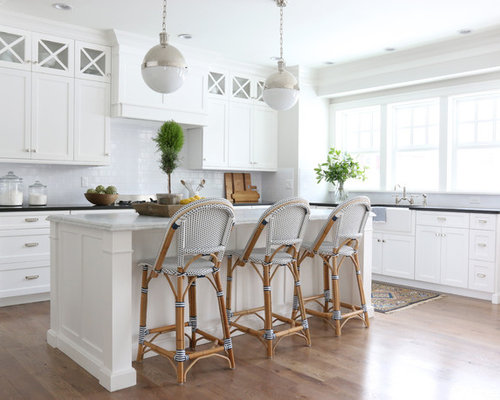 cuisine bord de mer avec un vier de ferme photos et id es d co de cuisines. Black Bedroom Furniture Sets. Home Design Ideas