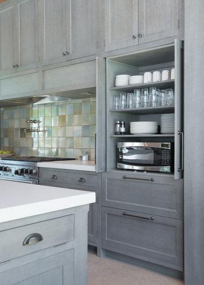 Craftsman Kitchen by Kitchen Studio: Kansas City